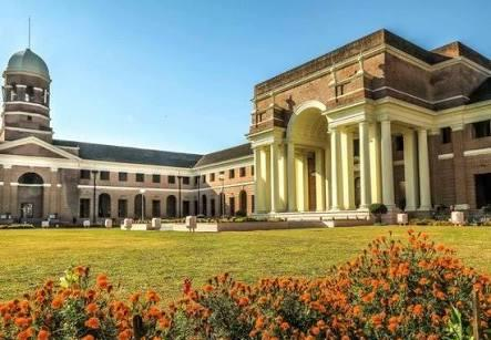 Forest Research Institute, 25 best places to visit in dehradun