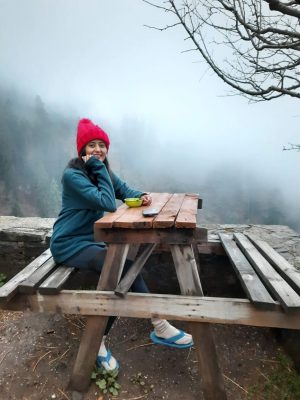 Kasol Trip with HikerWolf | Enjoying in the cafe at Kasol